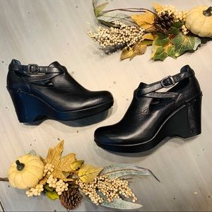 Dansko | Leather Black Franka Wedge Booties